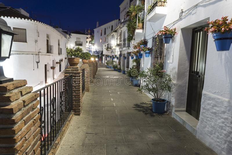 Mijas straat bij nacht Costa del Sol andalusia royalty-vrije stock fotografie