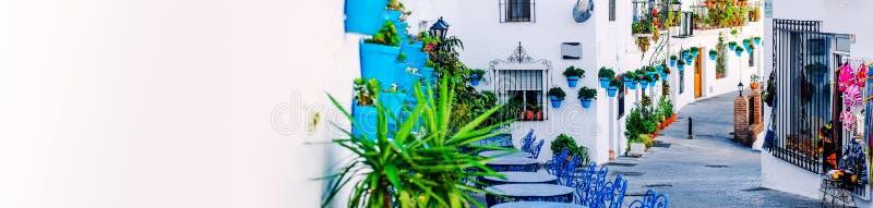 Mijas ulica Powabna biała wioska w Andalusia, Costa Del Zol Południowy Hiszpania fotografia stock
