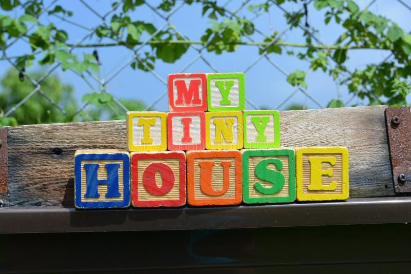 Mijn Uiterst klein Huis stock afbeeldingen