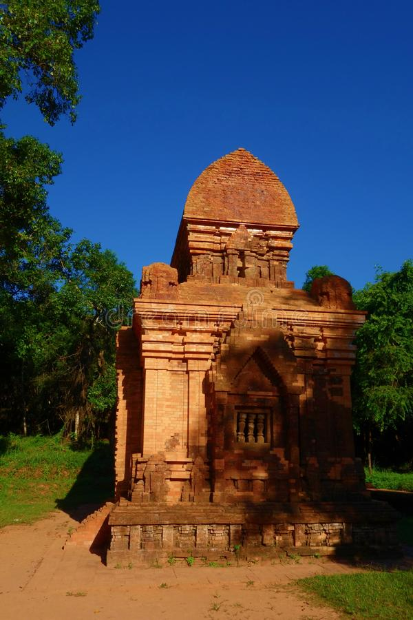 Mijn Zoonsruïnes en Heiligdom, Oude Hindoese tempels van Cham-cultuur in Vietnam dichtbij de steden van Hoi An en Da Nang stock fotografie