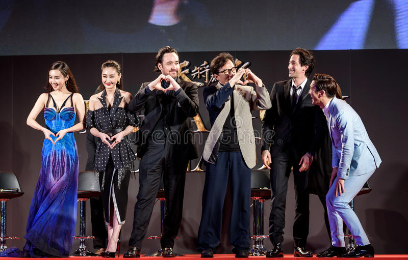 Mika Wang, Lin Peng, John Cusack, Jackie Chan, Adrien Brody und Choi Siwon bei Dragon Blade Premiere stockfotografie
