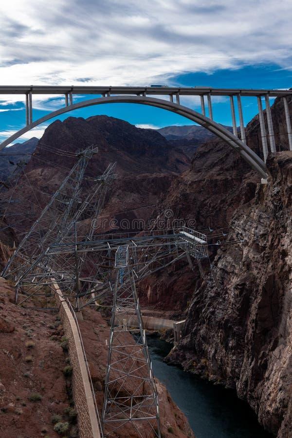 """Mike nolla 'Callaghan†""""Pat Tillman Memorial Bridge, bron på dammsugarefördämningen på gränsen mellan Nevada och Arizona fotografering för bildbyråer"""
