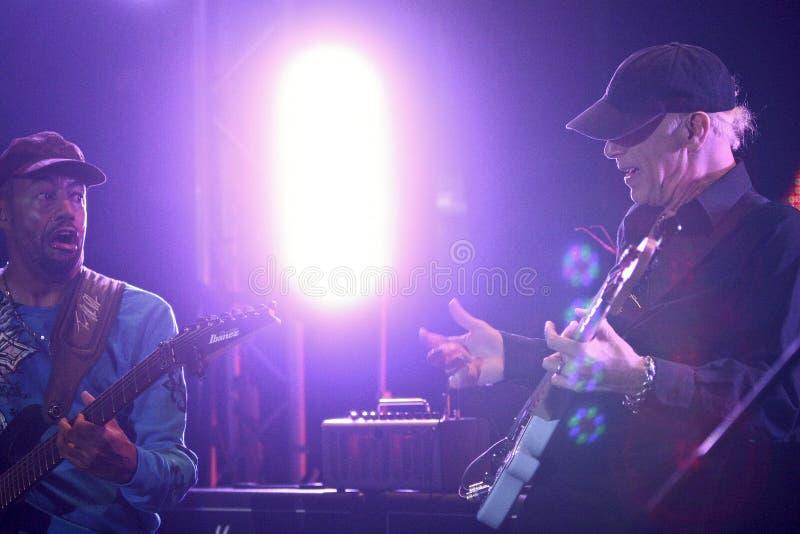 Mike Portnoy, Billy Sheehan, Tony MacAlpine y Derek Sherinian en concierto fotografía de archivo libre de regalías