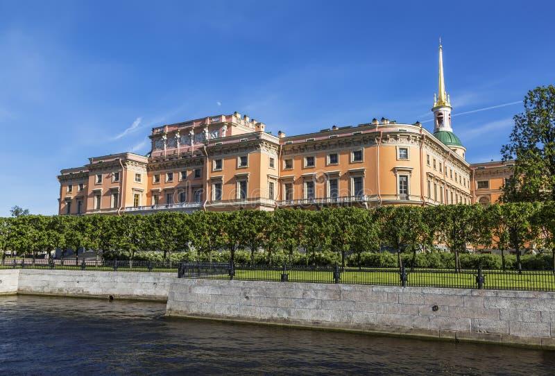 Mikhailovsky城堡或工程学,圣彼德堡的看法 库存图片