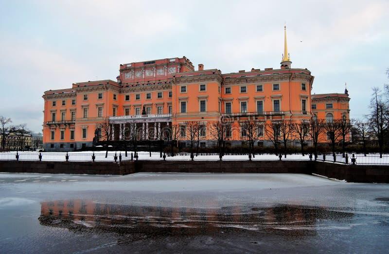 Download Mikhailovsky-Schloss In St Petersburg, Russland Stockfoto - Bild von britisch, petersburg: 106803496