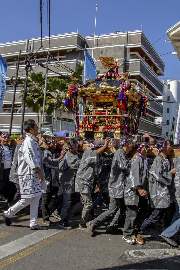 Mikoshi-Parade von Japan in Festival 2019 Asiens Afrika lizenzfreie stockbilder