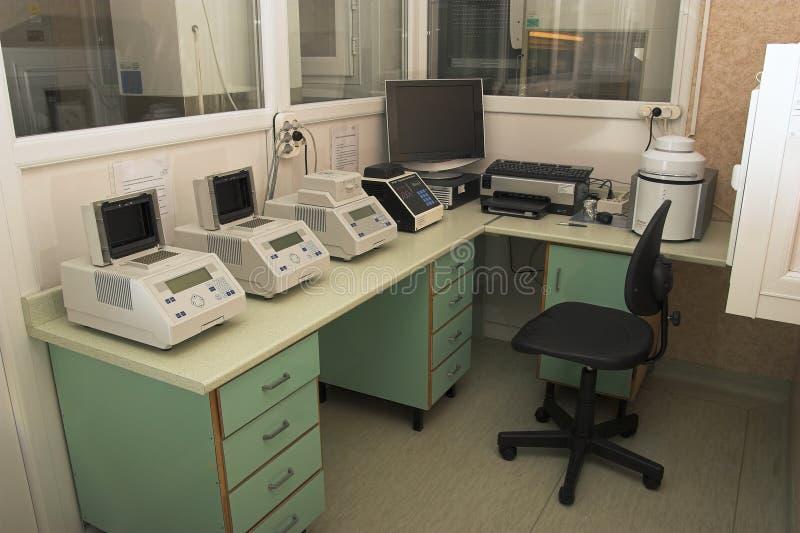 mikrobiologii laboratoryjne miejsca pracy, zdjęcia stock
