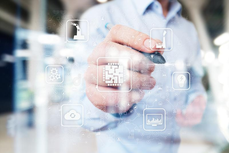 Mikrochip, CPU, Prozessor, Mikrokreislauf-Datenverarbeitungstechnik industrielles und Technologie Konzept Intelligente Industrie  stockbilder
