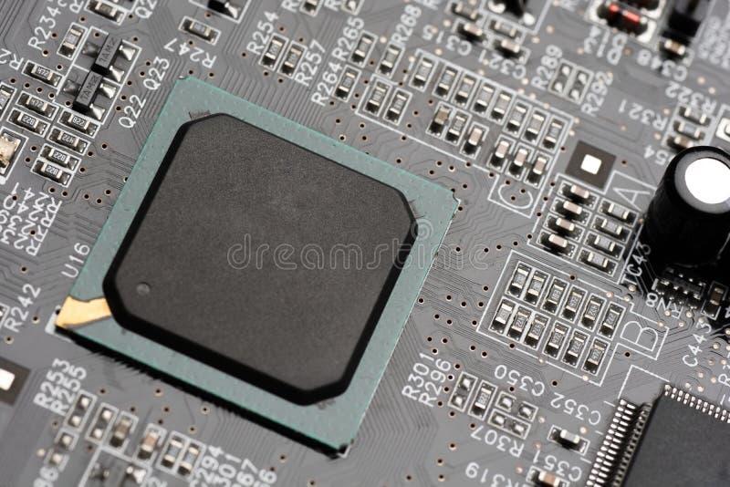 Mikrochip integriert auf Motherboard stockbilder