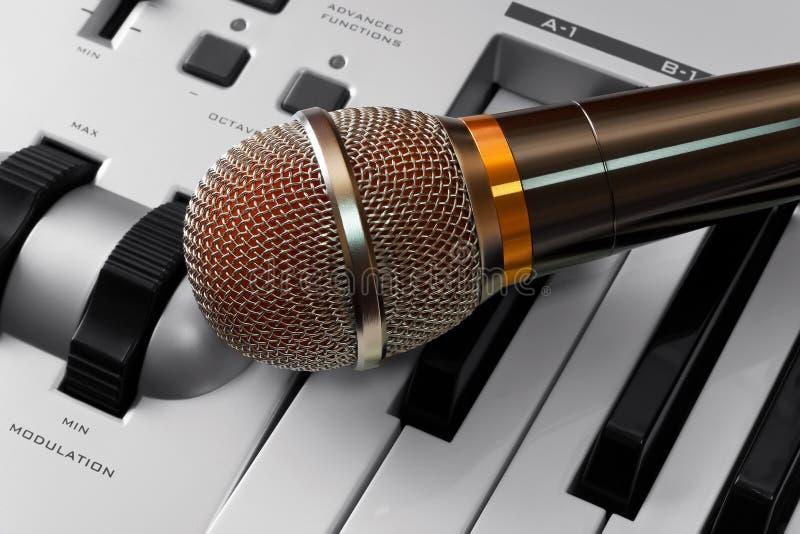 mikrofonu syntetyk zdjęcia stock