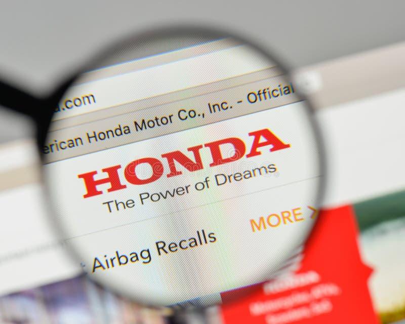 Milán, Italia - 1 de noviembre de 2017: Logotipo de Honda en el homep del sitio web fotografía de archivo libre de regalías