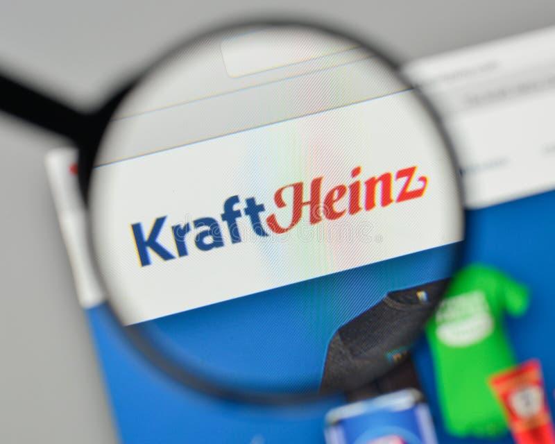 Milão, Itália - 1º de novembro de 2017: Logotipo de Kraft Heinz no Web site fotos de stock