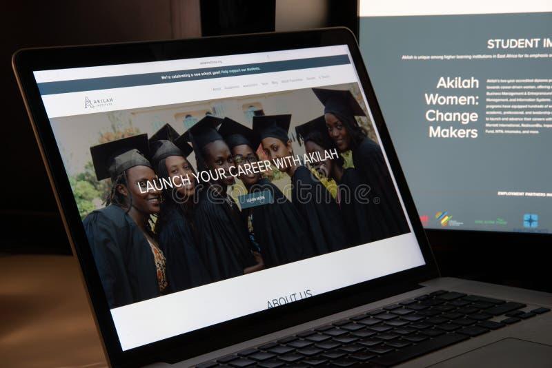 Milão, Itália - 15 de agosto de 2018: Akilah Institute para NGO w das mulheres imagens de stock