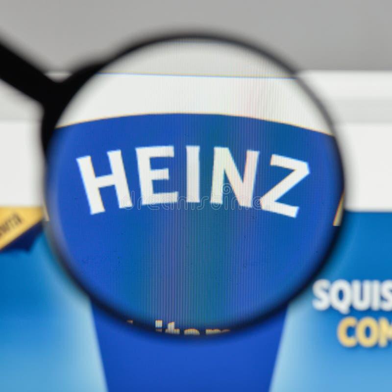 Milão, Itália - 10 de agosto de 2017: Logotipo de Heinz no homepa do Web site imagem de stock