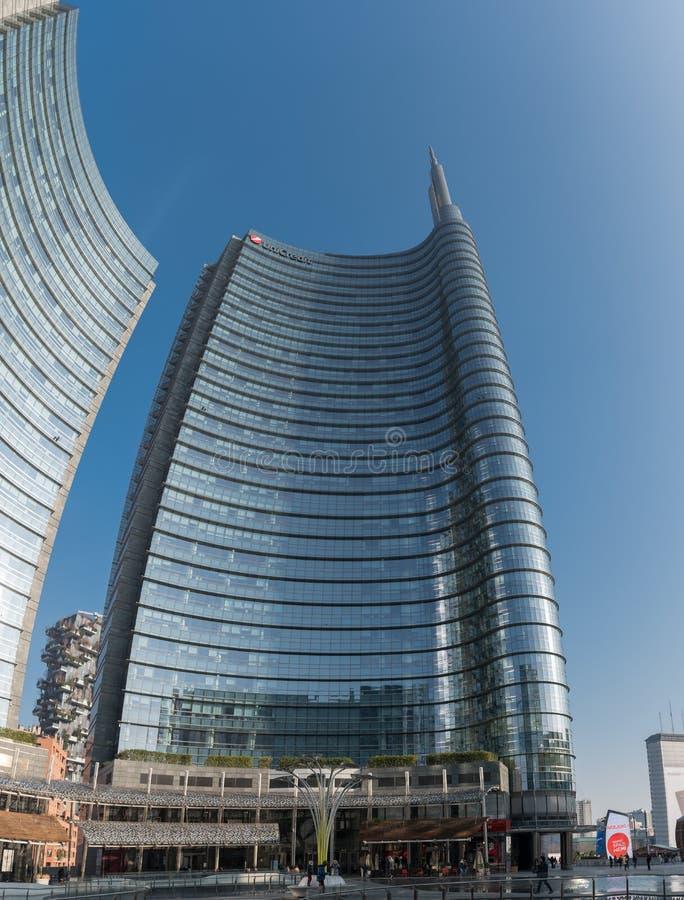 MILÃO, ITÁLIA - 14 DE JANEIRO DE 2018: Torre Milão de UniCredit em Milão, Itália imagem de stock royalty free