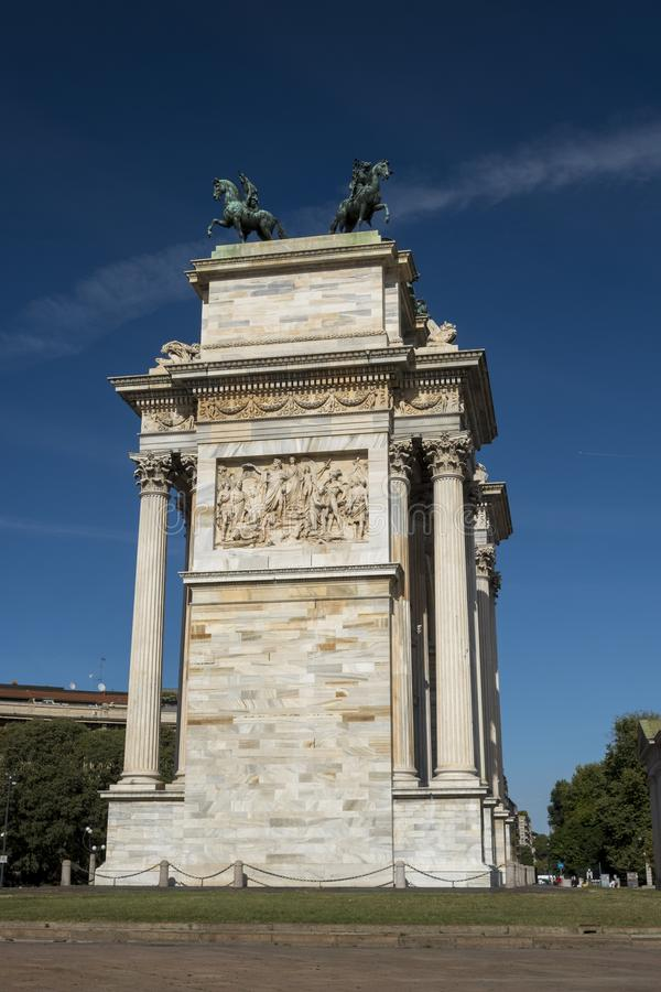 Milão, Itália: Ritmo do della de Arco fotografia de stock