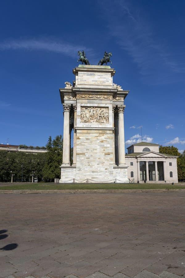 Milão, Itália: Ritmo do della de Arco foto de stock royalty free