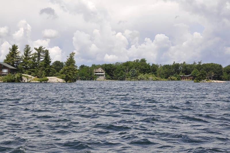 Mil paisagens do arquipélago das ilhas da província de Ontário em Canadá imagem de stock