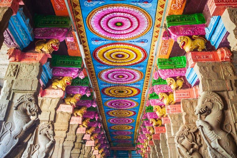 Mil pasillos del pilar, templo de Meenakshi foto de archivo