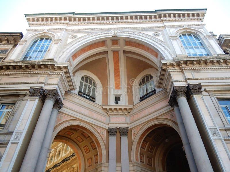 Milaan - Achteringang aan de Galerij royalty-vrije stock foto