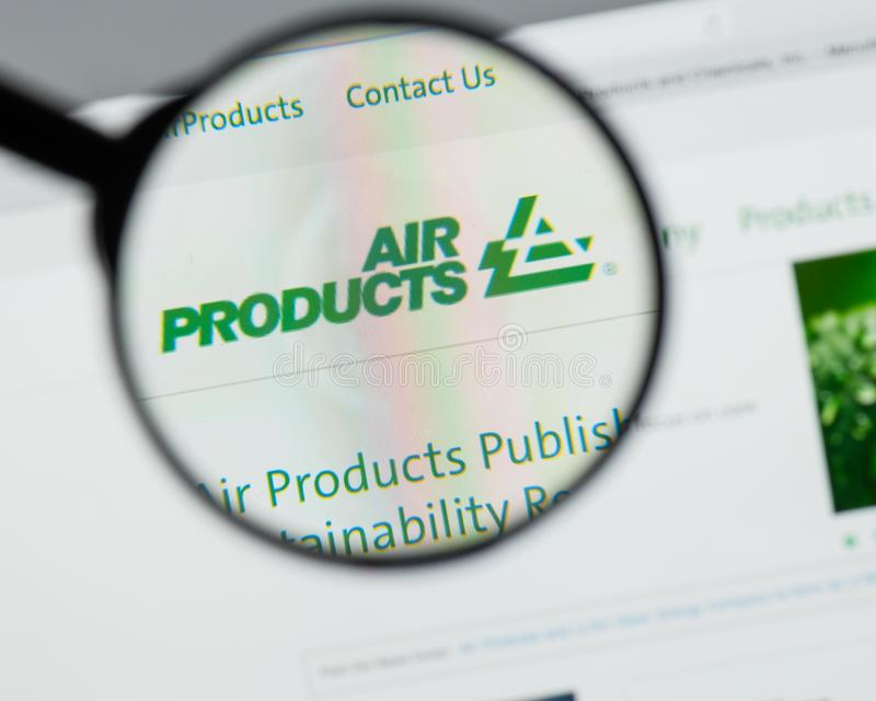 Milaan, Italië - Augustus 10, 2017: Air Products & Chemicals websit stock foto