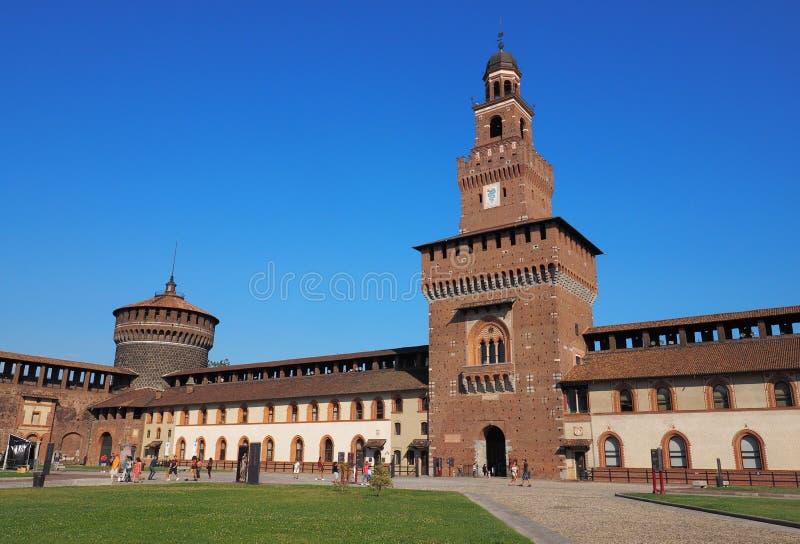 Milaan, Italië Castello Sforzesco stock afbeeldingen