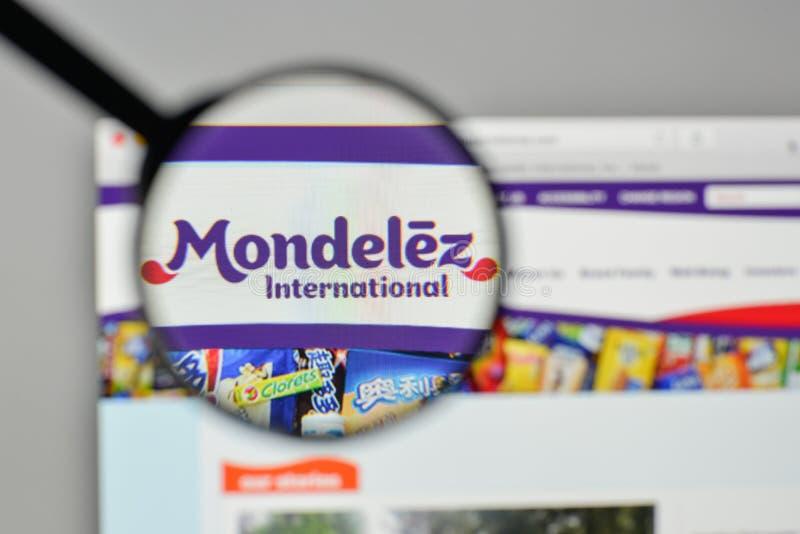 Milaan, Italië - November 1, 2017: Mondelez Internationaal embleem  stock foto's