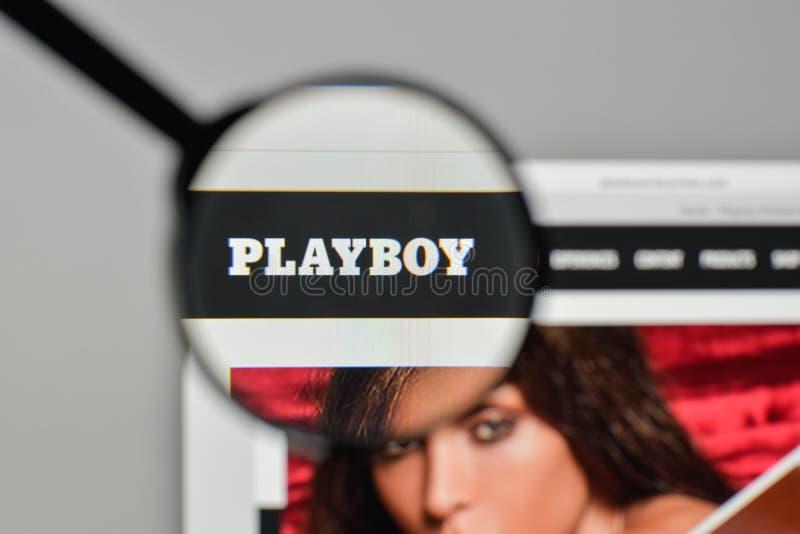 Milaan, Italië - November 1, 2017: Playboy-embleem op de website hom royalty-vrije stock afbeeldingen