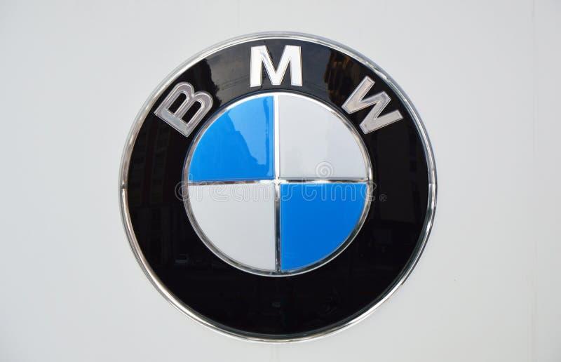 MILAAN, ITALIË - SEPTEMBER 7, 2017: BMW-het embleem, BMW is een Duitse luxevoertuig, een sportwagen, een motorfiets, en motor een stock foto's