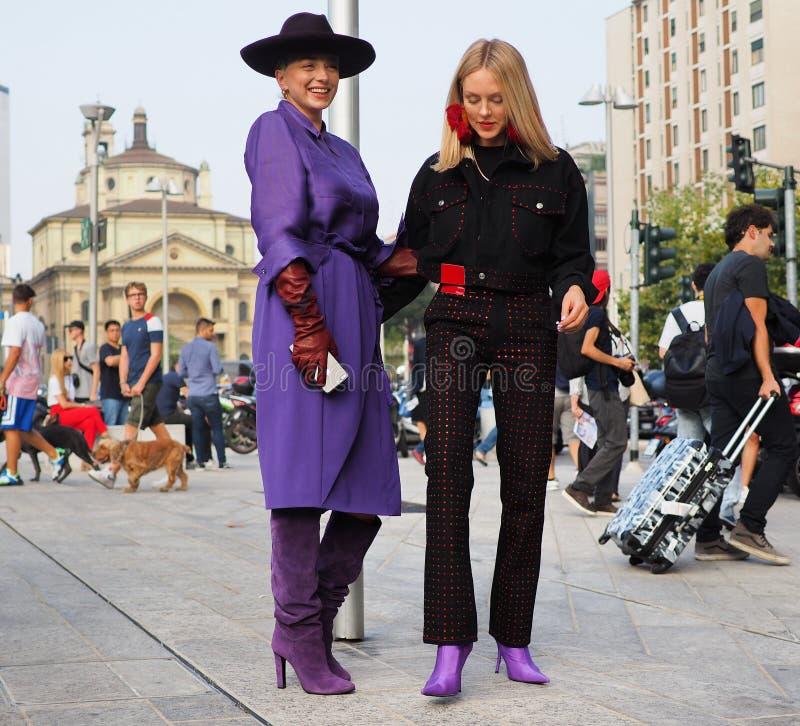 MILAAN, Italië: 19 september 2018: De stijluitrusting van de manier blogger straat stock foto