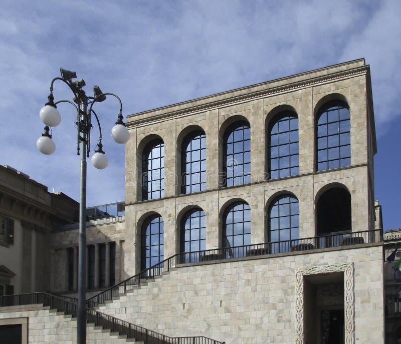 Milaan, Museum van de xx eeuw stock foto's
