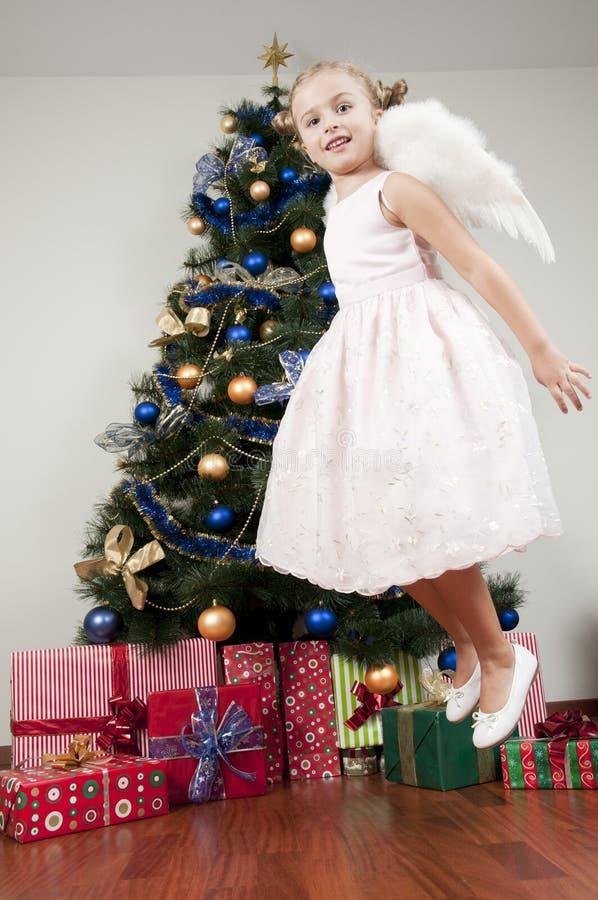 Download Milagre do Natal imagem de stock. Imagem de caucasiano - 16874059
