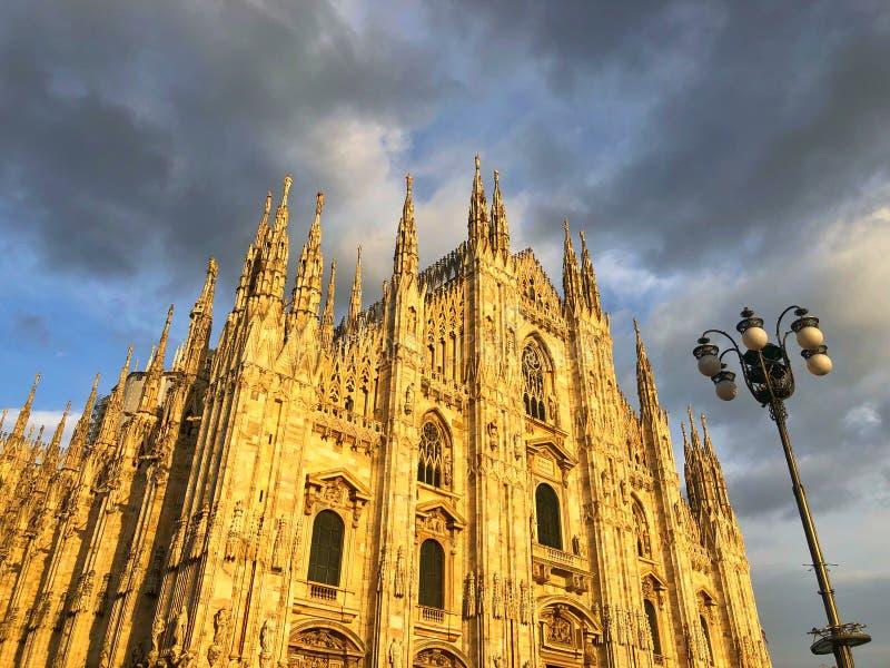 Milan Cathedral è la chiesa della cattedrale di Milano in Lombardia, no immagine stock libera da diritti