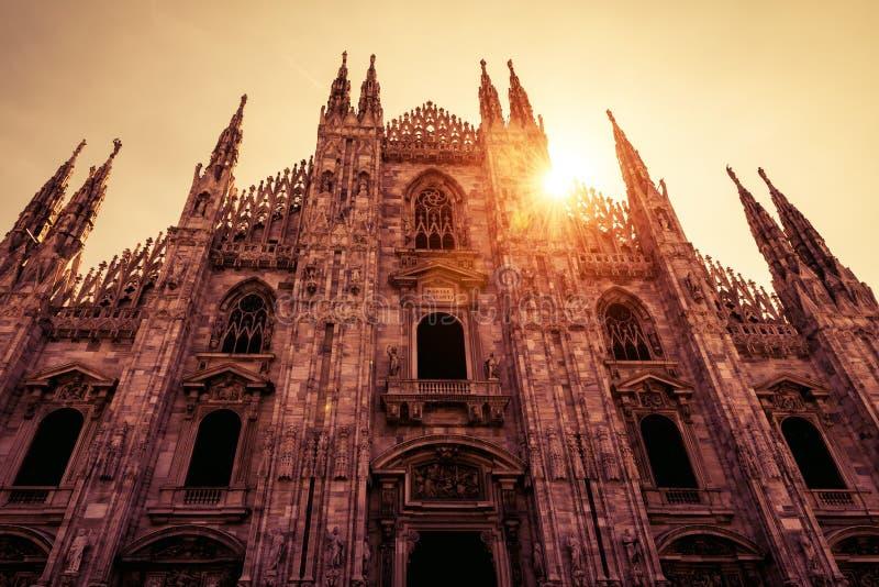 Milan Cathedral Duomo di Milano in het zonlicht in Milaan, Ital stock afbeeldingen