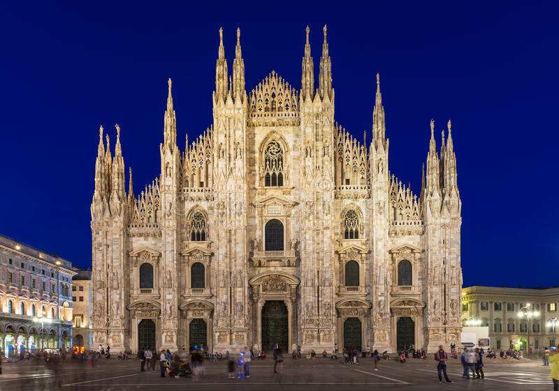 Milan Cathedral (Duomodi Milano) i Milan, Italien royaltyfria bilder