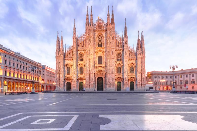 Milan Cathedral op Piazza del Duomo, Milaan, Italië stock foto