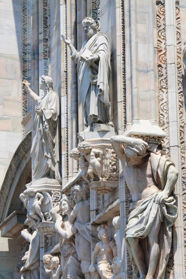 Milan Cathedral Statues photo stock