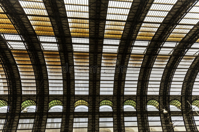 Download Milan, Central Station Train Editorial Photography - Image: 37545147