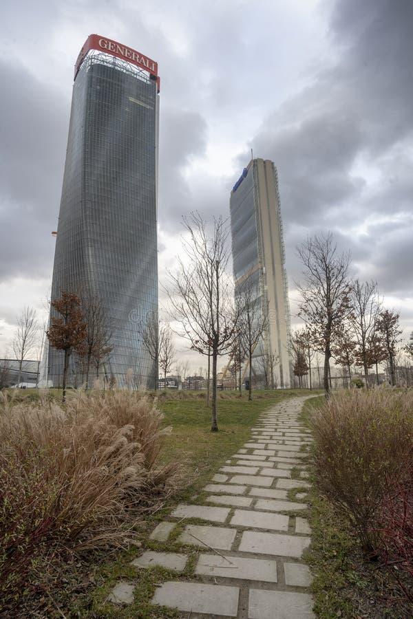 Milan de moderna tornen på Citylife arkivfoton