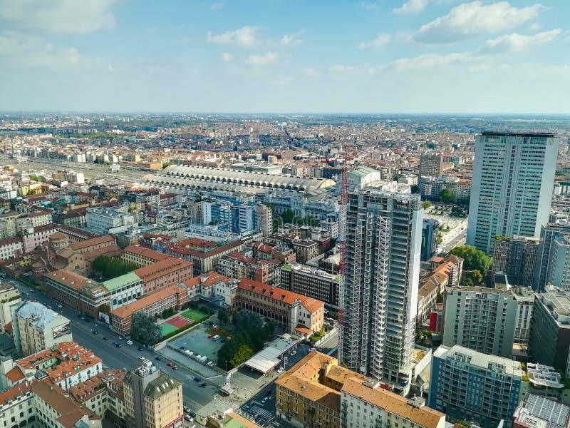 Milan flyg- sikt Milano stad, Italien arkivbild