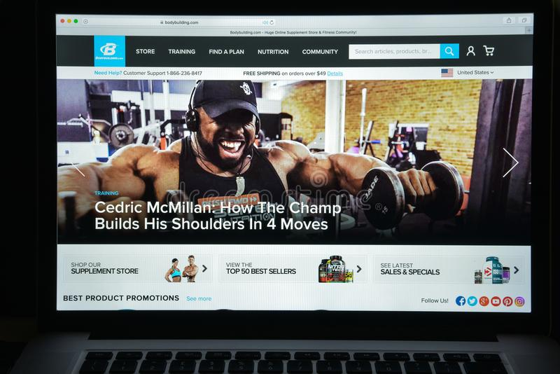 Milan, Italie - 10 août 2017 : Bodybuilding homepag de site Web de COM images libres de droits