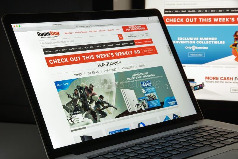 Milan, Italie - 10 août 2017 : Gamestop page d'accueil de site Web de COM I images libres de droits