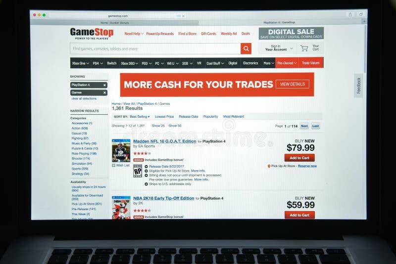 Milan, Italie - 10 août 2017 : Gamestop page d'accueil de site Web de COM I images stock
