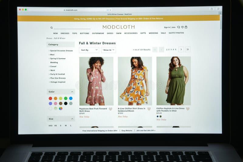 Milan, Italie - 10 août 2017 : Page d'accueil de site Web de Modcloth Il est photos libres de droits