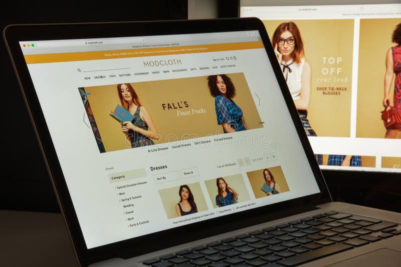 Milan, Italie - 10 août 2017 : Page d'accueil de site Web de Modcloth Il est images libres de droits