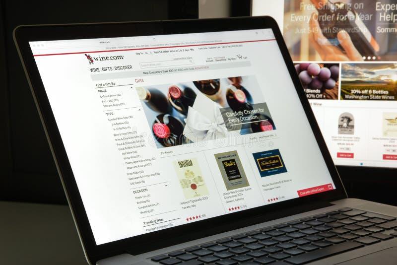 Milan, Italie - 10 août 2017 : Vin page d'accueil de site Web de COM Il est images stock