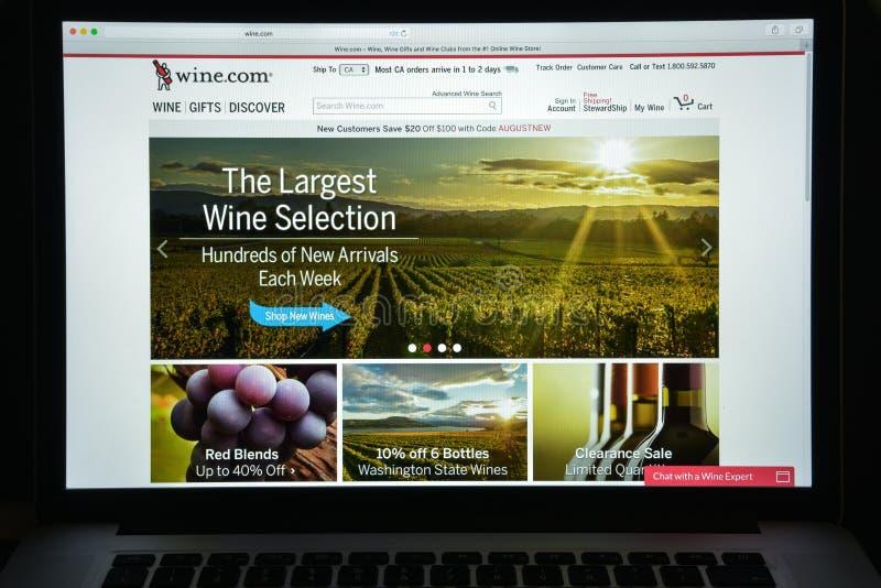 Milan, Italie - 10 août 2017 : Vin page d'accueil de site Web de COM Il est photographie stock