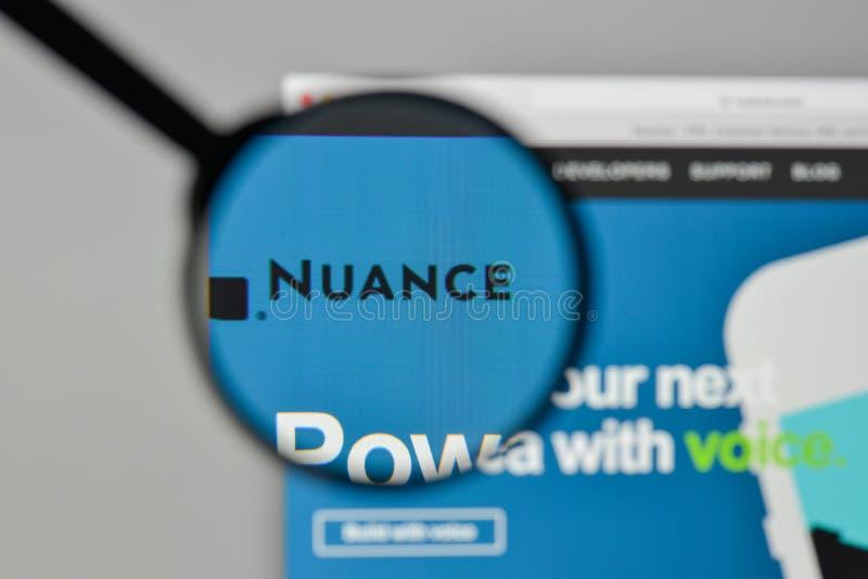 Milan, Italie - 1er novembre 2017 : Logo de communications de nuance sur t images stock