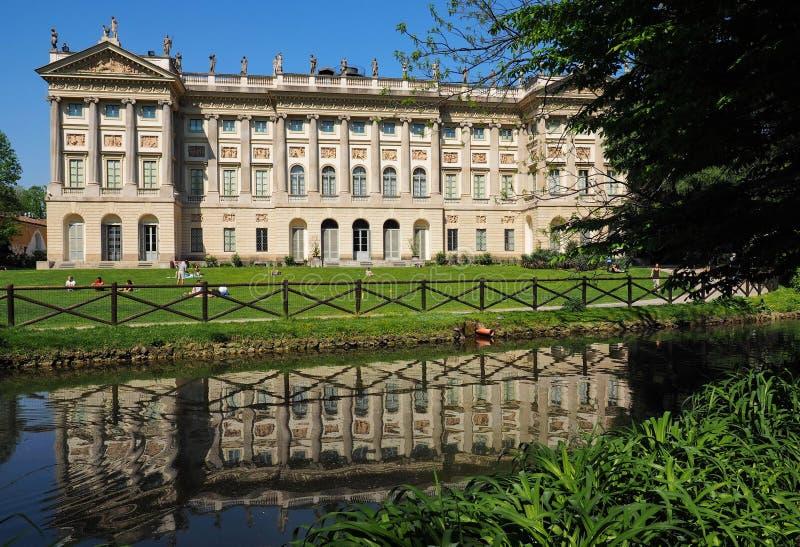 MILAN ITALIEN - APRIL 22, 2018: Villa Reale i Palestro Galleri av modern konst i Milan, Lombardy, Italien arkivfoton
