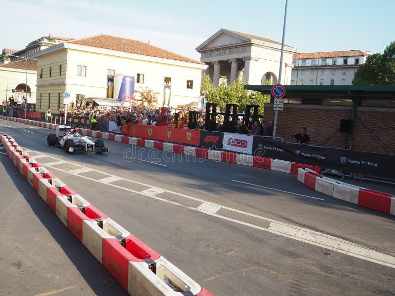 Milan Italien - Augusti 29, 2018: Charles Leclerc drev den Sauber Alfa Romeo bilen royaltyfri foto